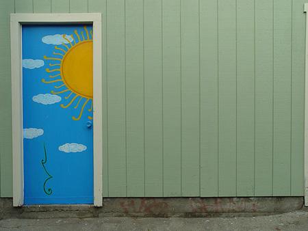 Cambia el color de tus puertas de forma f cil y econ mica for Cambiar el color de las puertas