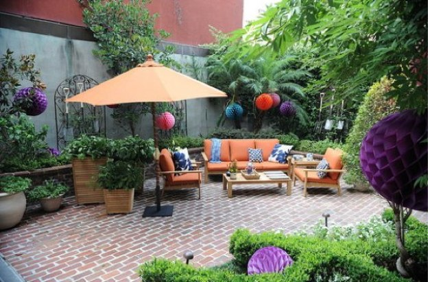 Tres ideas para decorar tu patio for Small front courtyard design ideas
