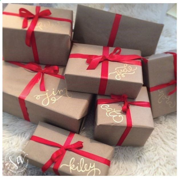 Decorar los regalos de navidad for Decorar regalos